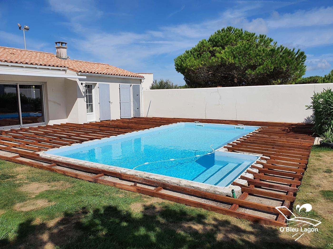 artisan terrasse de piscine en bois exotique cumaru vendee