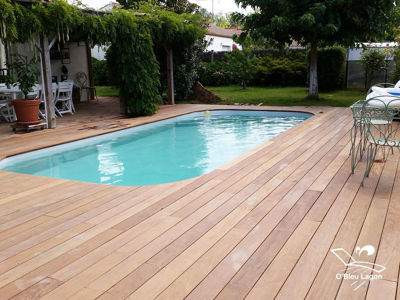 conception terrasse bois piscine coins arrondis ipe vendee