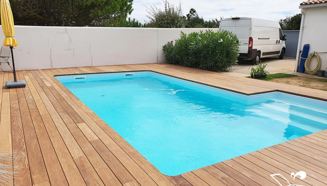 realisation terrasse de piscine en bois exotique cumaru vendee